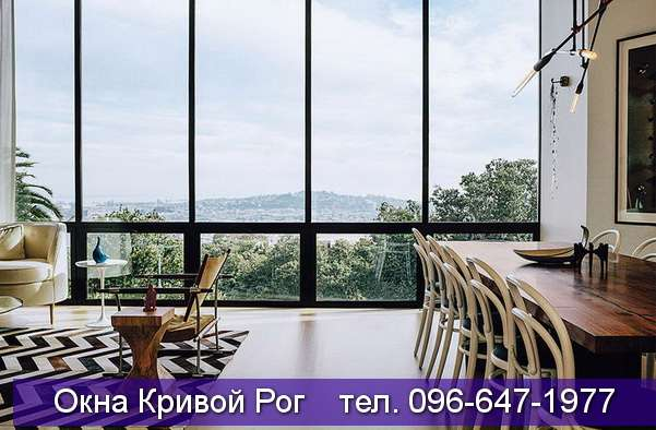 Высокие панорамные окна из алюминия
