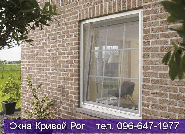 Окна со шпросами в кирпичный частный дом