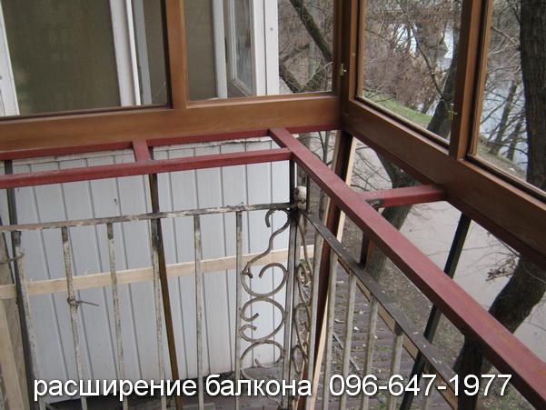 rasshireniye balkona (32)