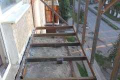 Расширение балкона по опорной плите, по уровню перил и изготовление новых перил
