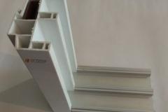 Алюминиевое основание больших раздвижных окон и дверей