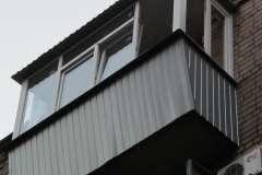 Расширение балкона с выносом рамы