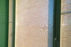 Тканевые жалюзи хорошо смотрятся как в квартире, так и в частном доме