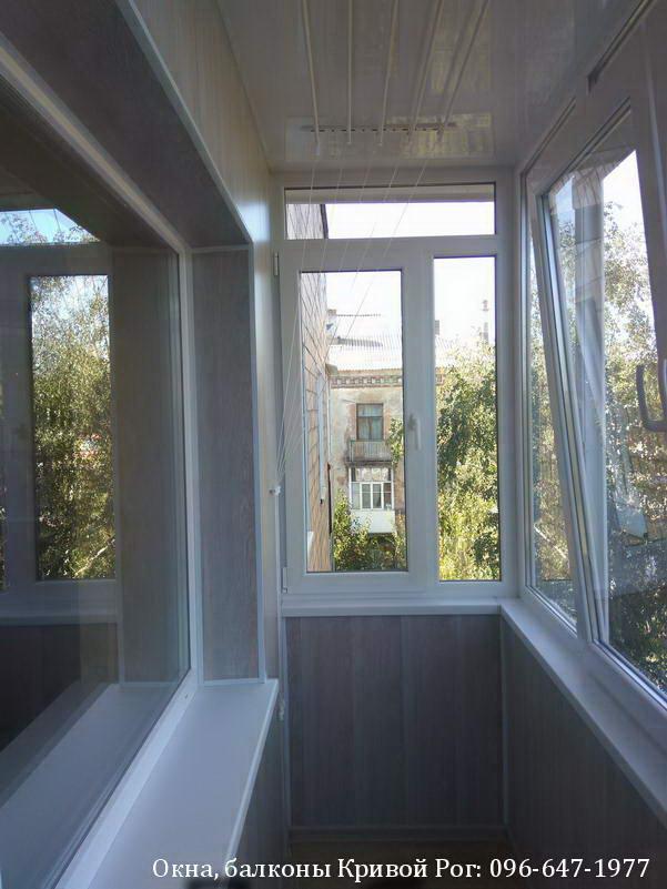 Отделка балкона пластиковыми панелями Кривой Рог
