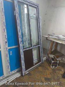 Металлопластиковые двери Виконда на сборке