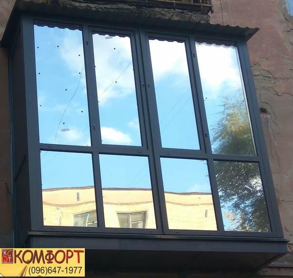 Серый Французский балкон