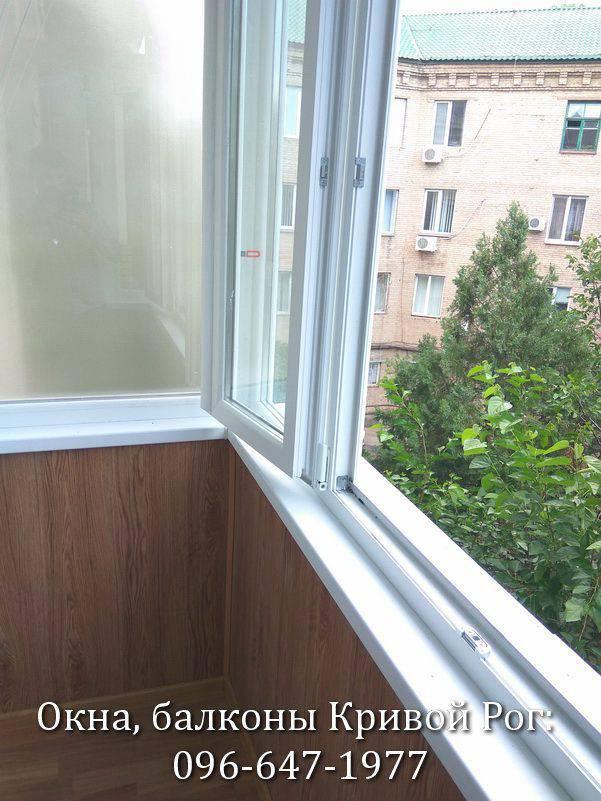 внутренняя обшивка балкона вагонкой фото