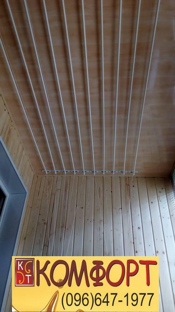 обшивка балкона деревом дизайн