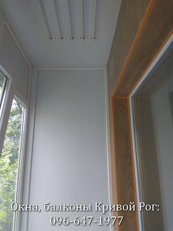 обшивка балкона пластиком примеры