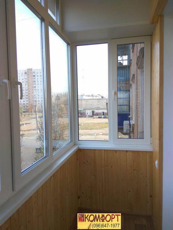 обшивка балкона из дерева вагонкой