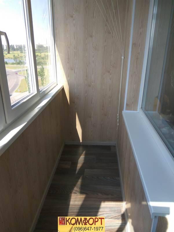 прочный пластик для обшивки балкона