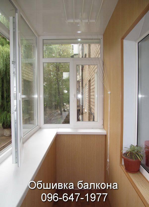 внутренняя обшивка балкона сайдингом фото